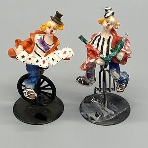 3/$20 K'S COLLECTION set of 2 clowns on unicycles